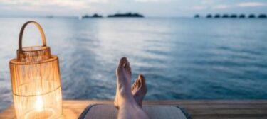 ビジネス英語(電話編):有給/病欠/祝日「休み」を英語で伝える時の例文・フレーズ