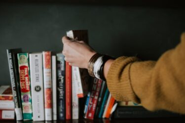 ビジネス英語(おすすめ本): デイビッド・セイン『デイビッド・セイン流なやまず書ける英文メール&SNSトレーニング』