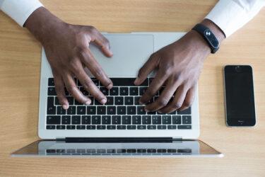 ビジネス英語(メール編):見積もり交渉では丁寧さと期限の設定が大切!